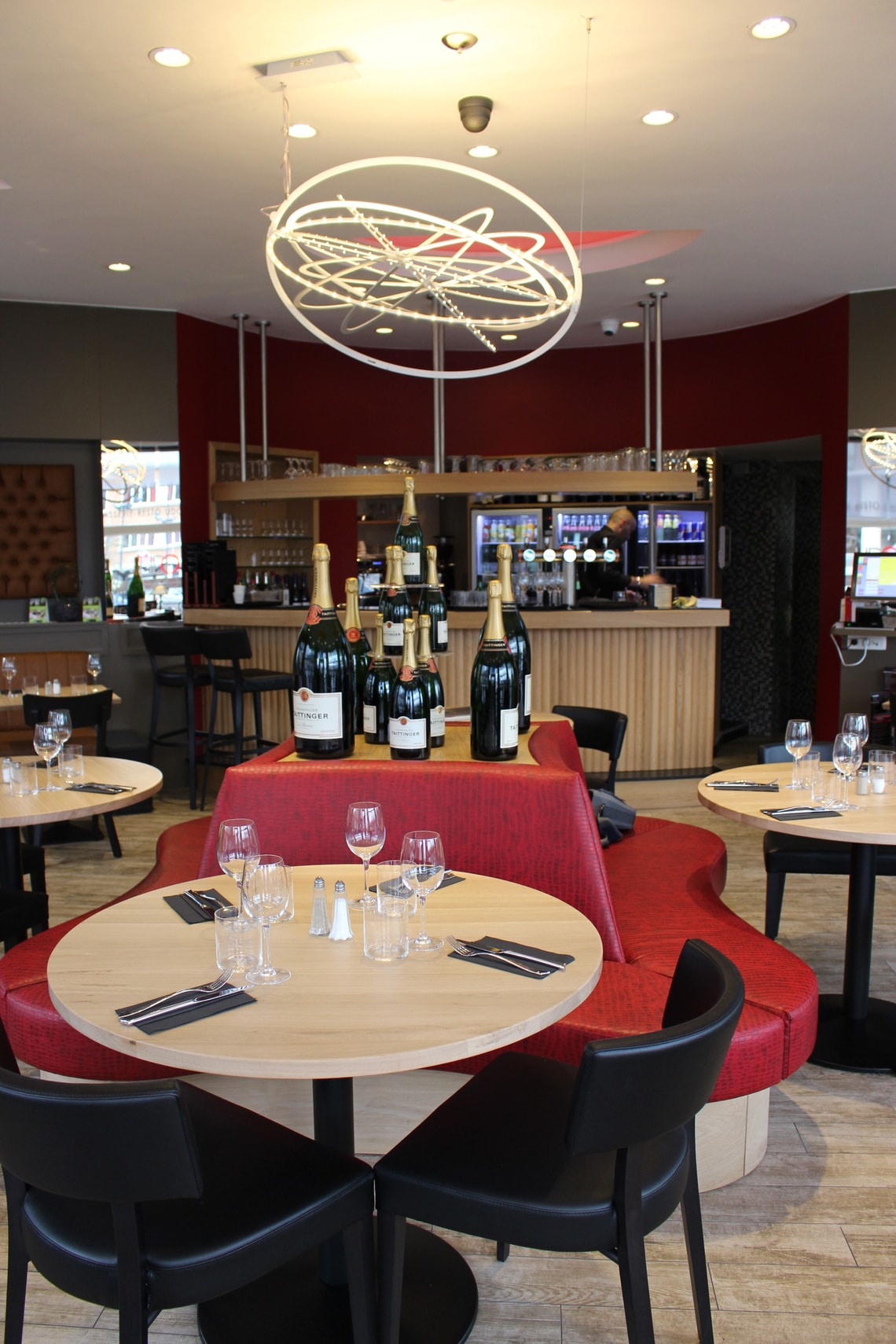 Restaurant Le Lido te Woluwe helper